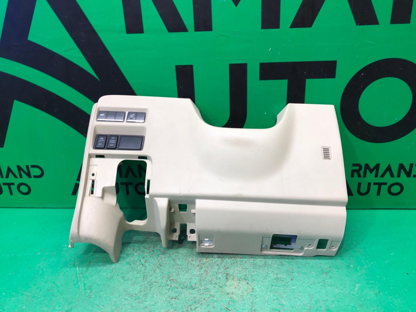 Накладка торпеды Infiniti Qx56 Qx80 2010 (б/у)