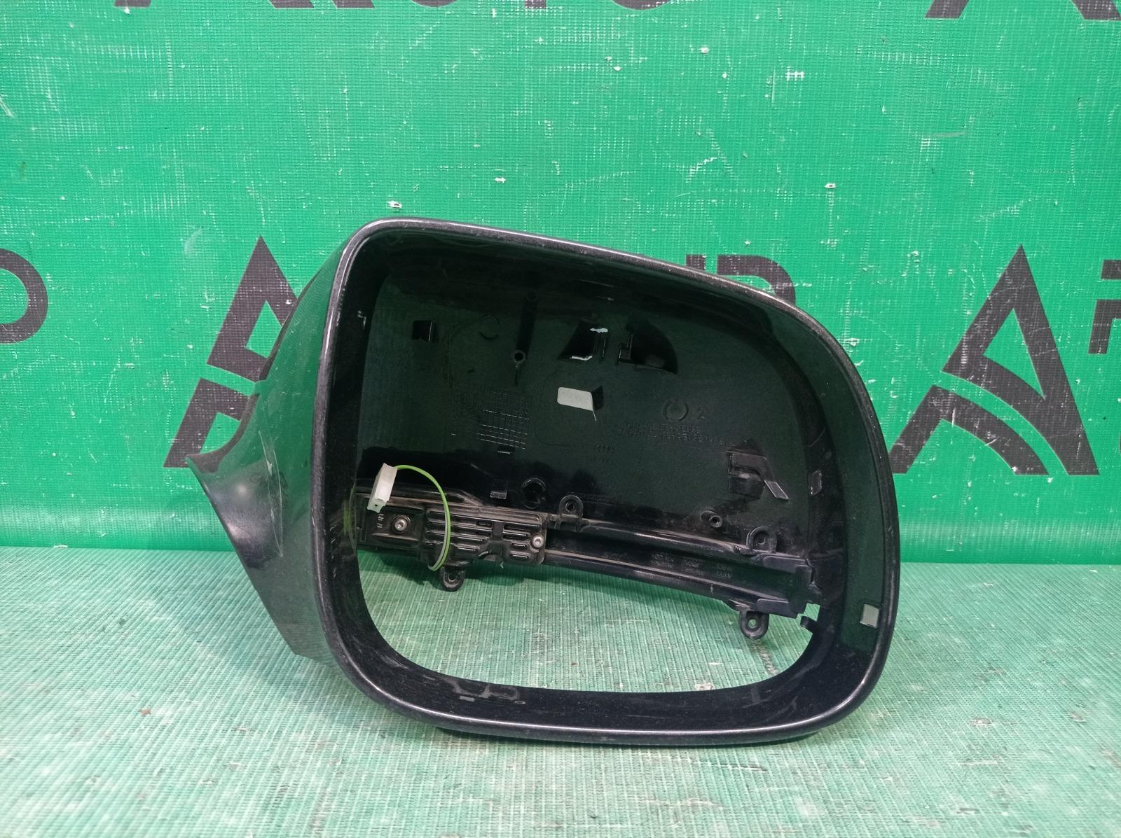 Крышка зеркала Audi Q7 1 4L 2005 правая (б/у)