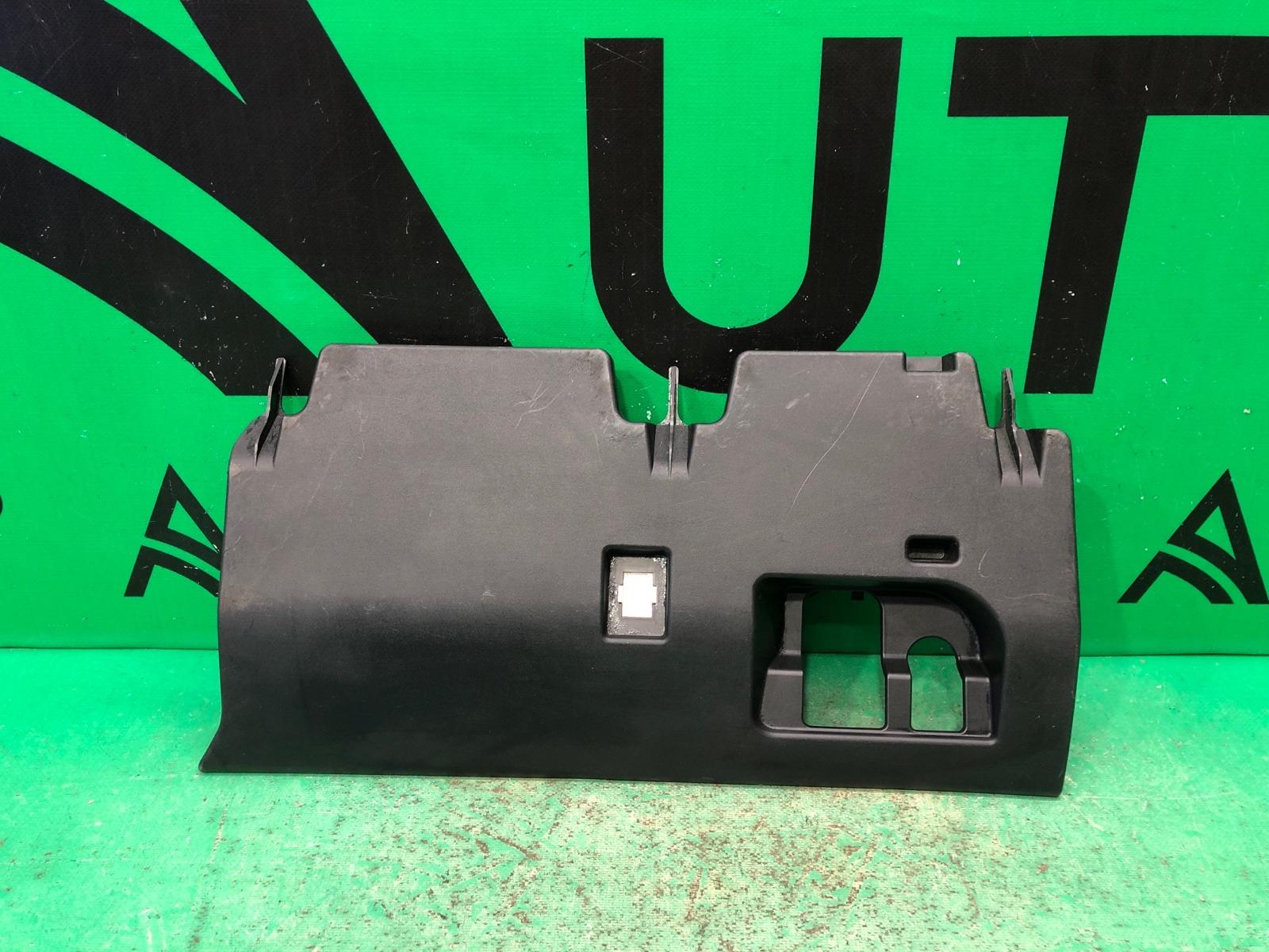Накладка торпедо Infiniti Qx56 Qx80 Z62 2010 (б/у)