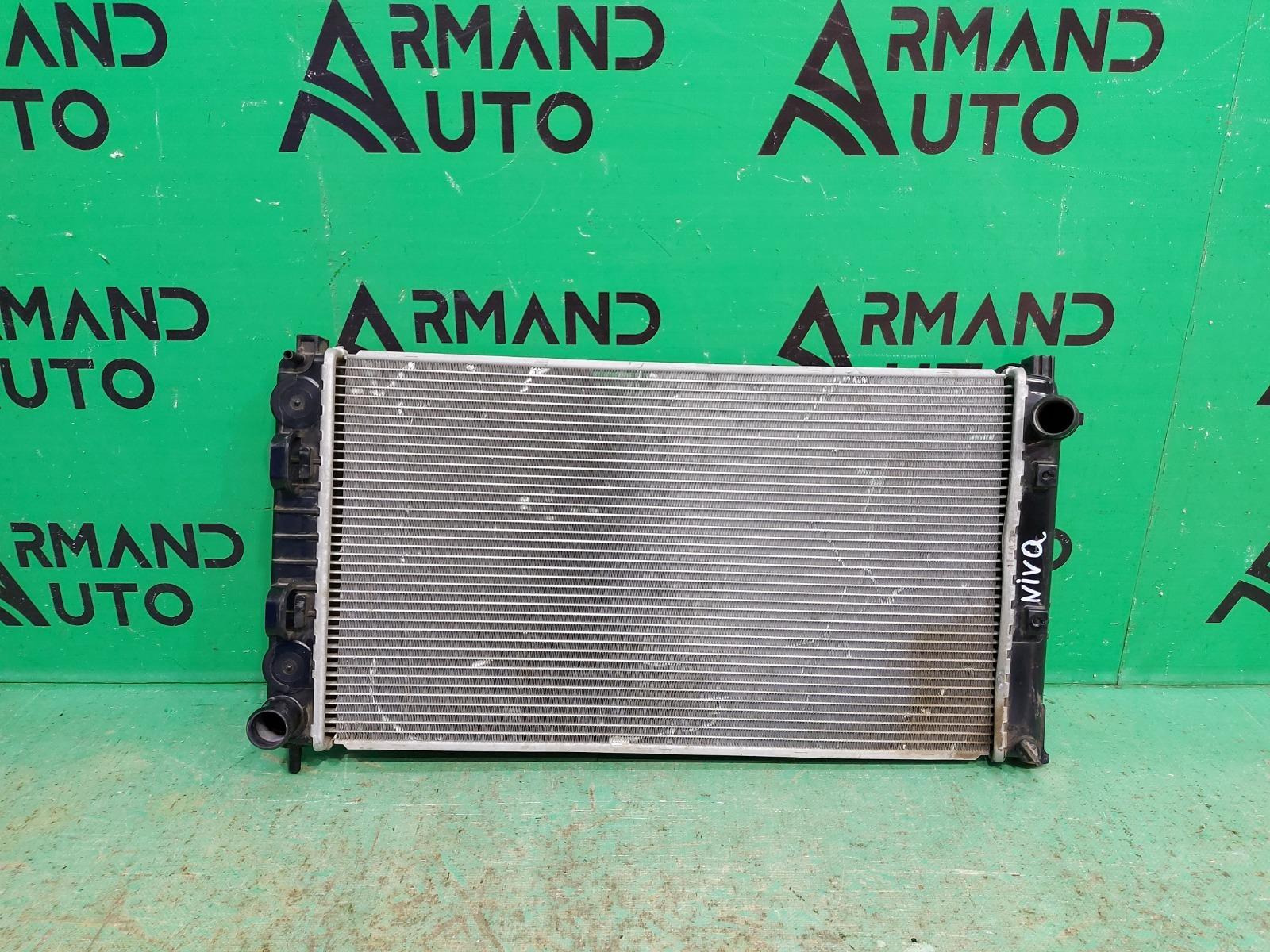 Радиатор охлаждения двигателя Lada Granta 2011 (б/у)