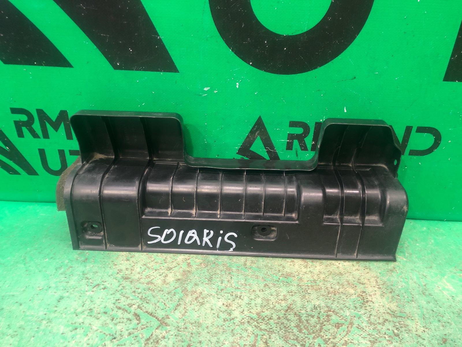 Дефлектор радиатора Hyundai Solaris 2 2017 левый (б/у)