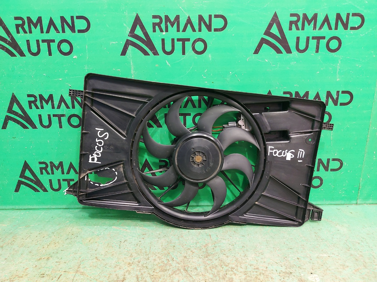 Диффузор радиатора Ford Focus 3 2011 (б/у)