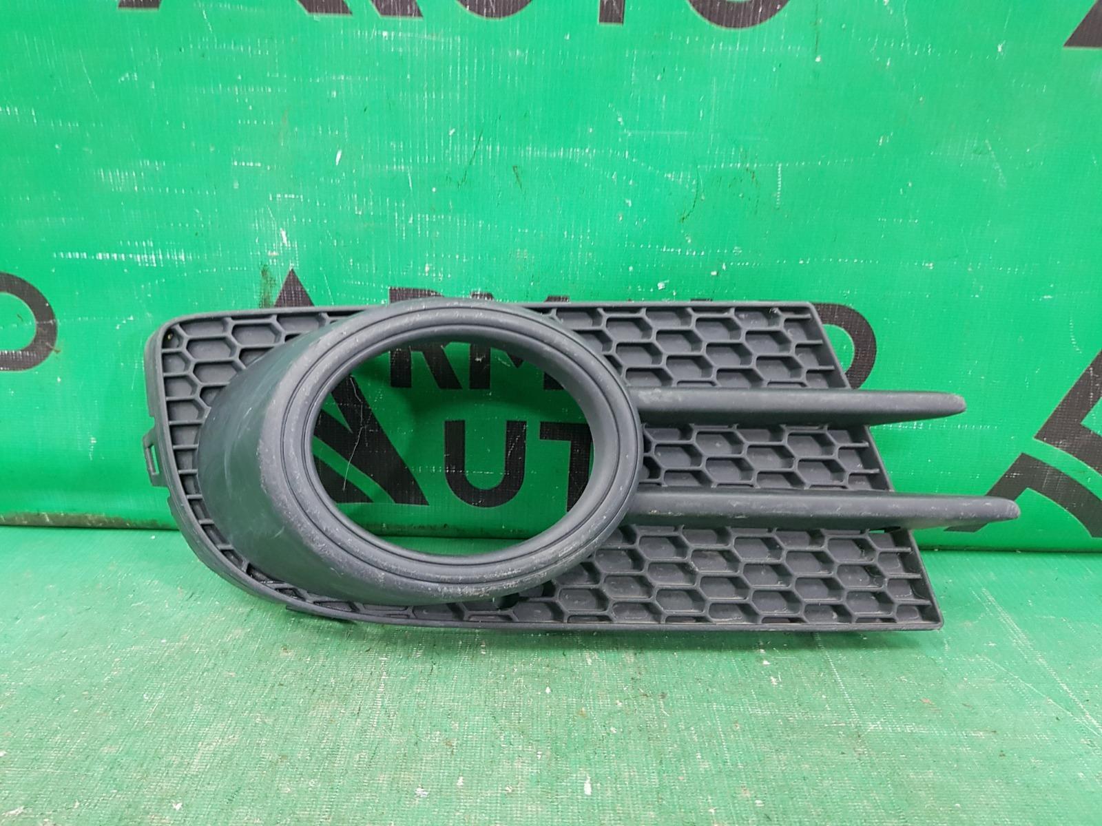 Накладка птф Volkswagen Tiguan 1 РЕСТАЙЛИНГ 2011 правая (б/у)