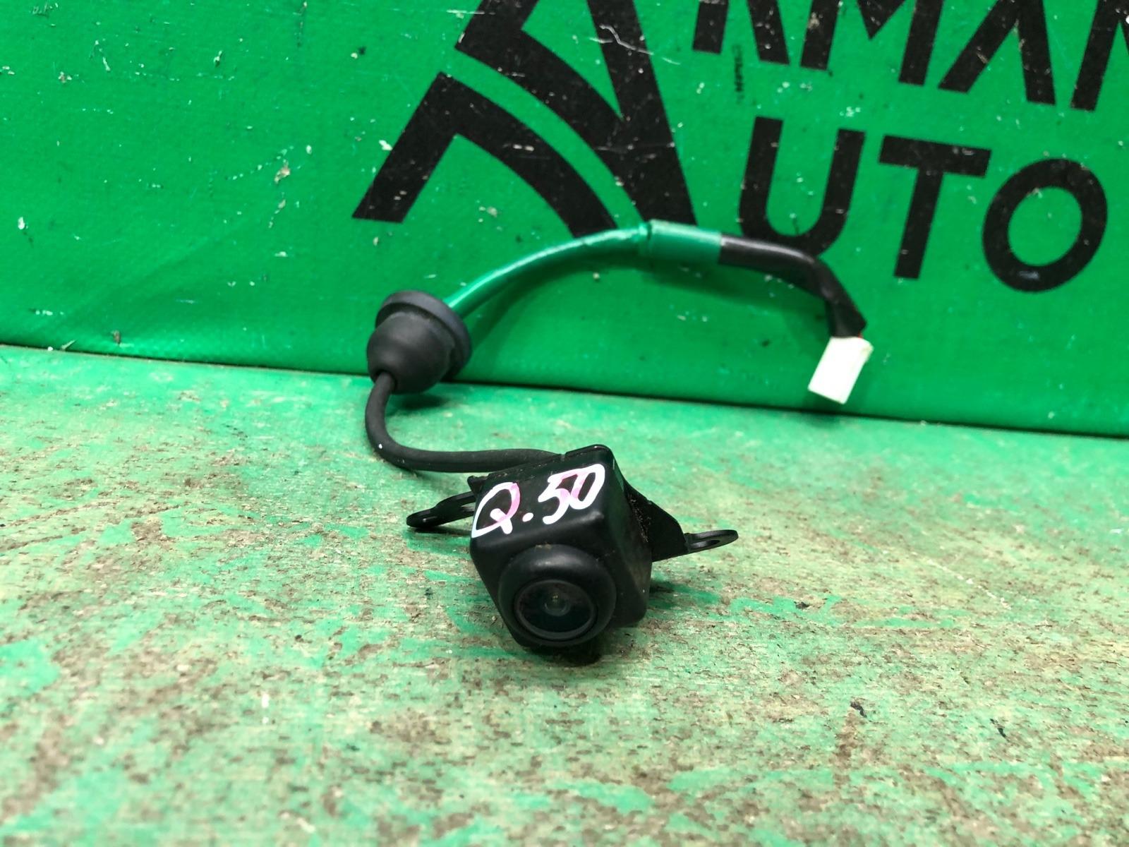 Камера заднего вида Infiniti Q50 V37 2013 (б/у)