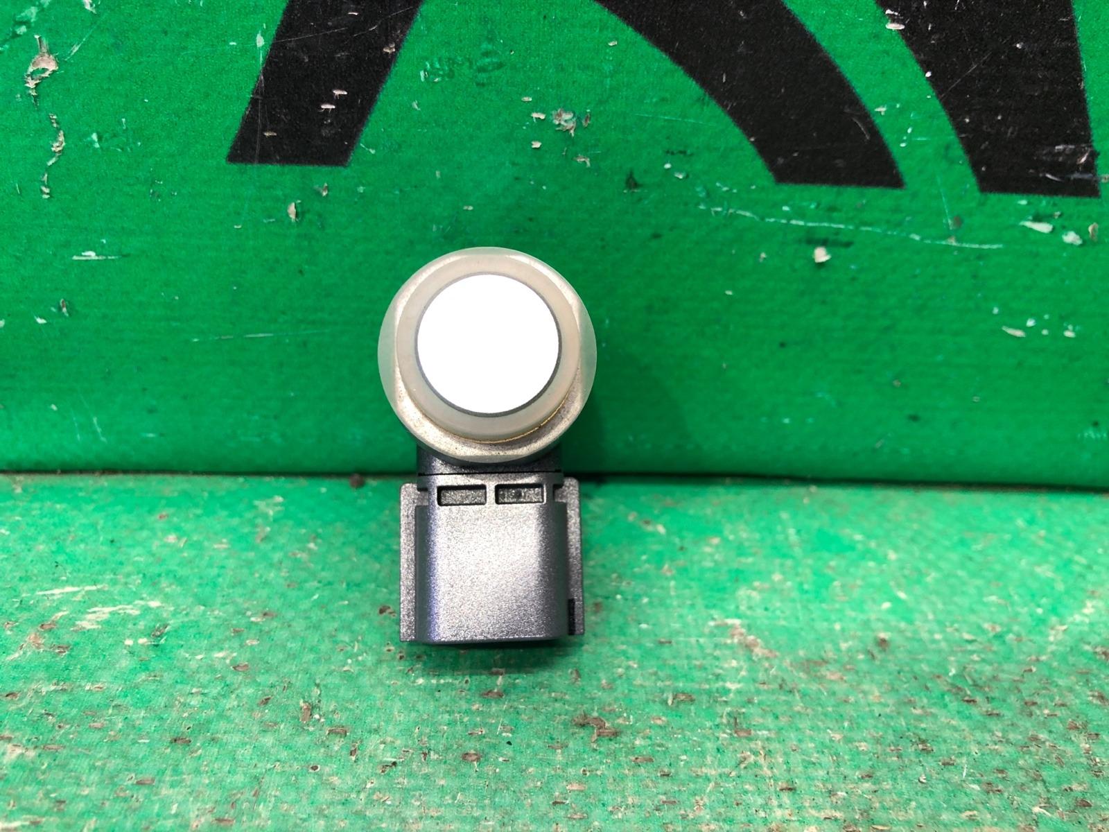 Датчик парктроника Infiniti Q50 V37 2013 передний (б/у)