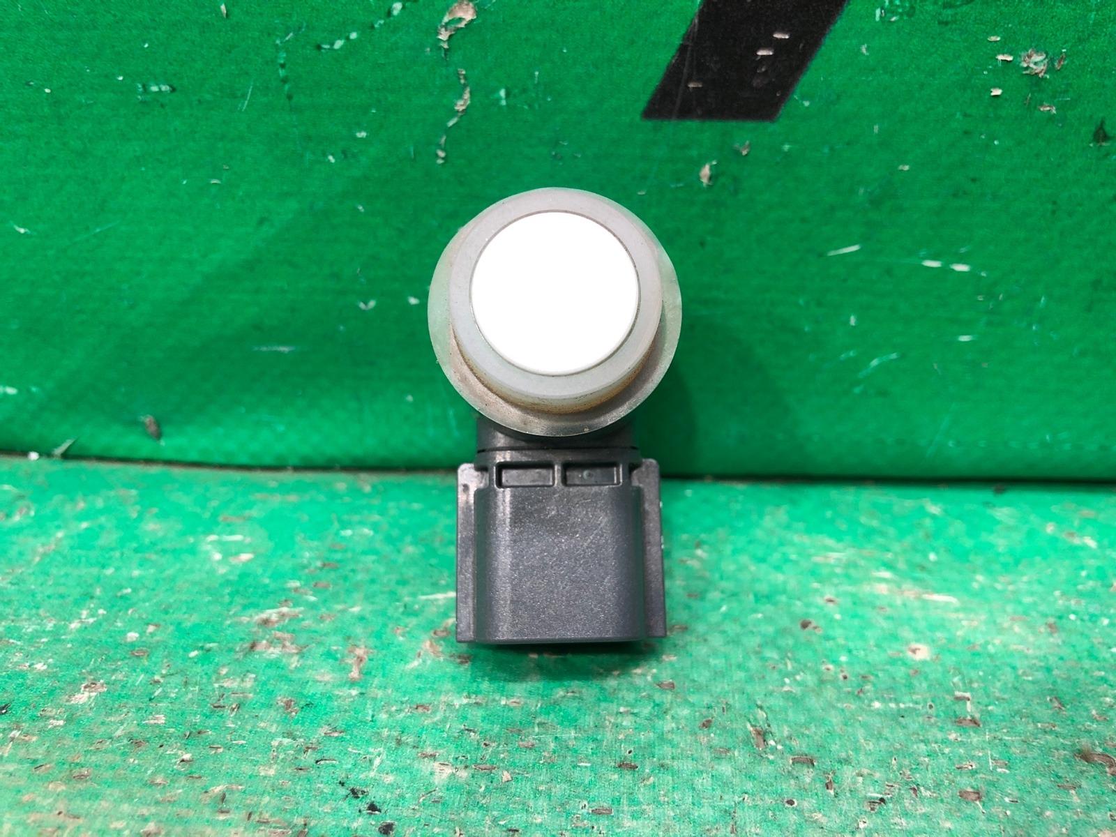 Датчик парктроника Infiniti Q70/m Y51 2010 передний (б/у)