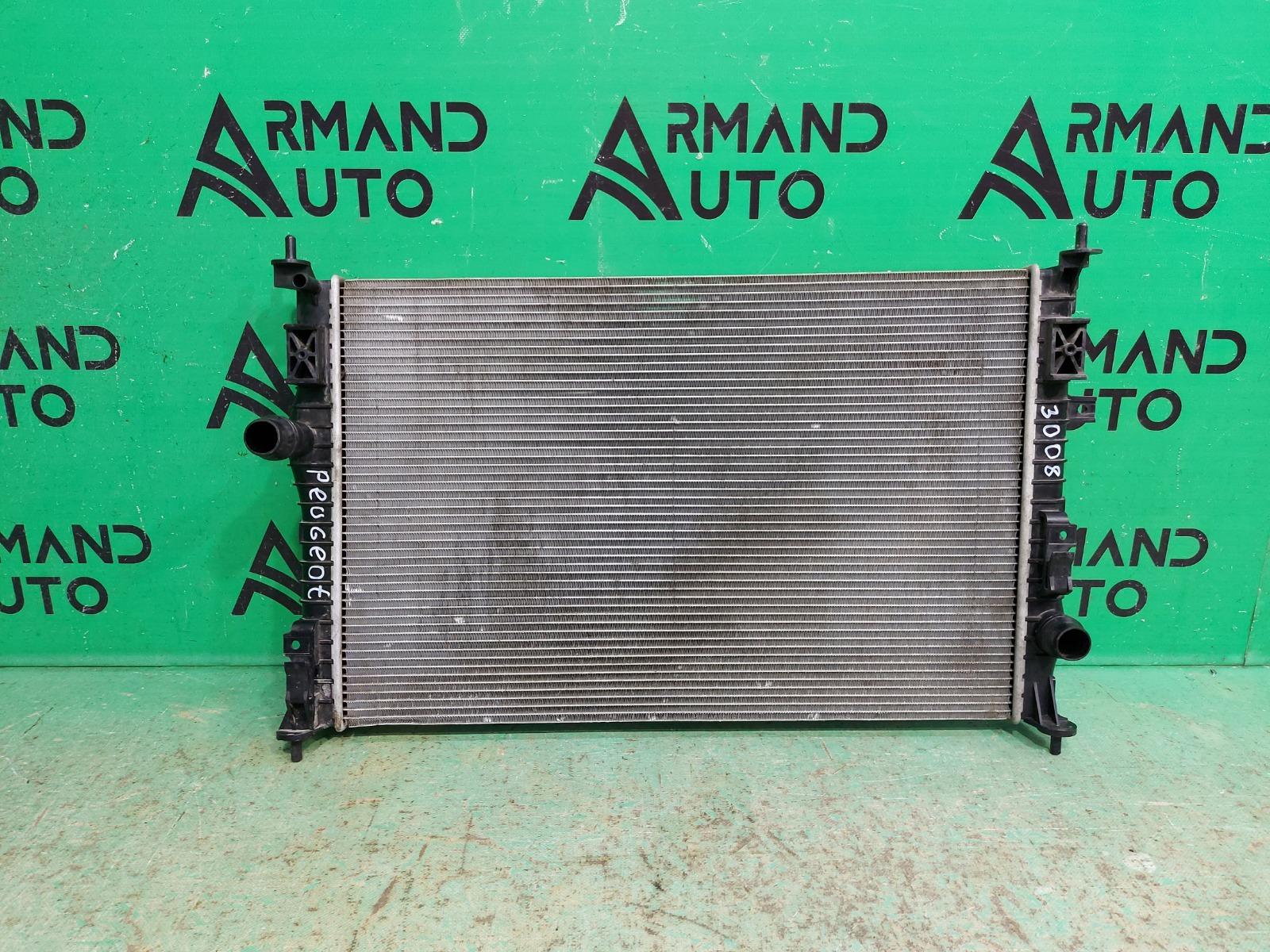 Радиатор охлаждения Peugeot 308 2 2013 (б/у)