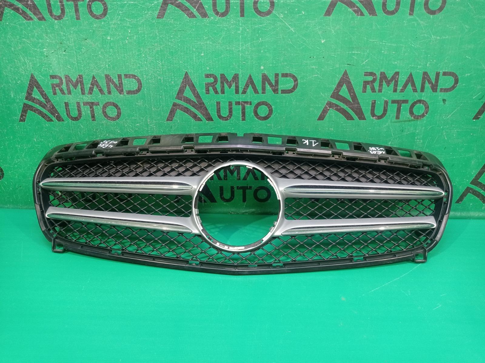 Решетка радиатора Mercedes A-Class W176 2012 (б/у)
