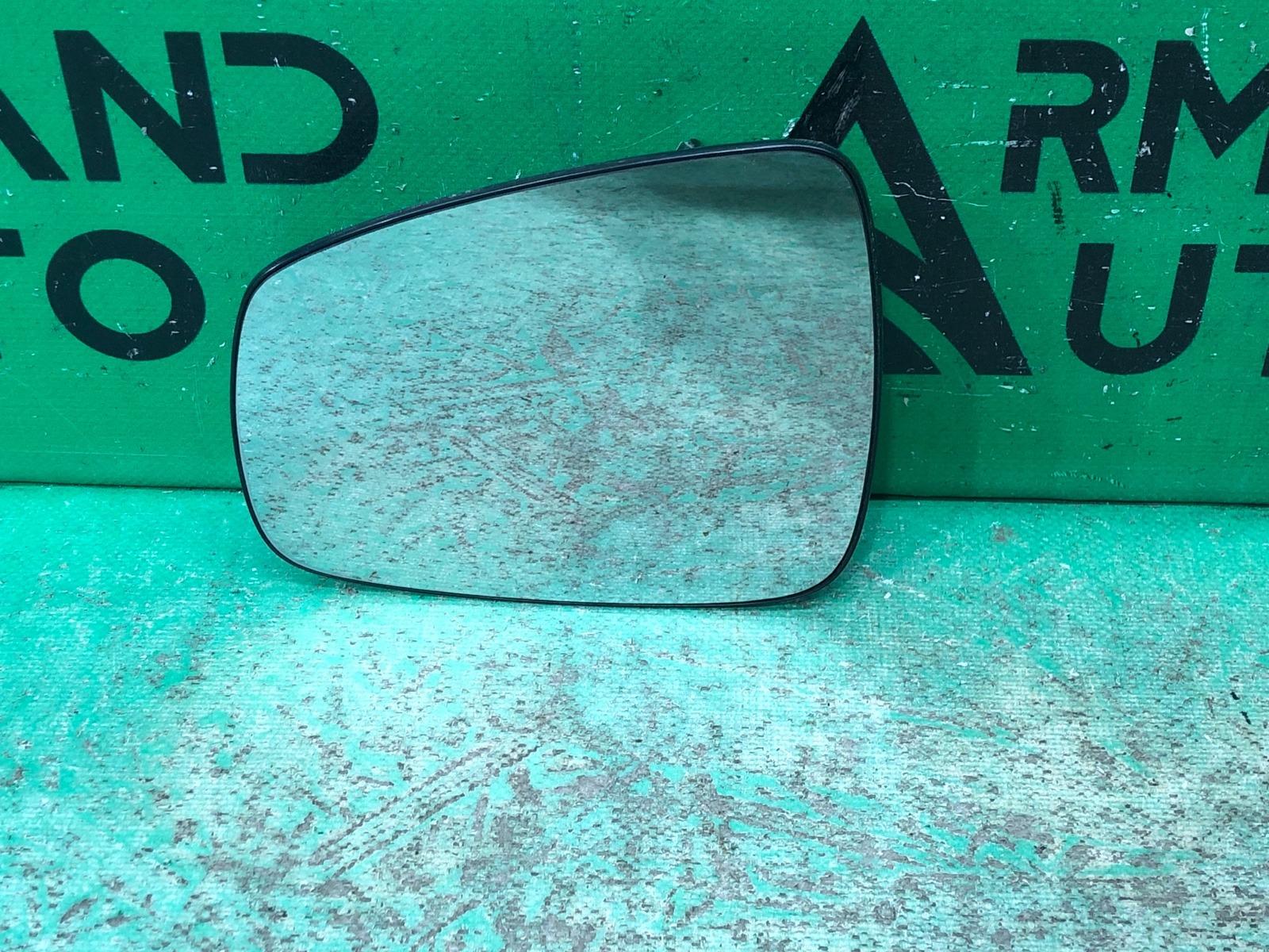 Зеркальный элемент Lada X-Ray 1 2015 левый (б/у)