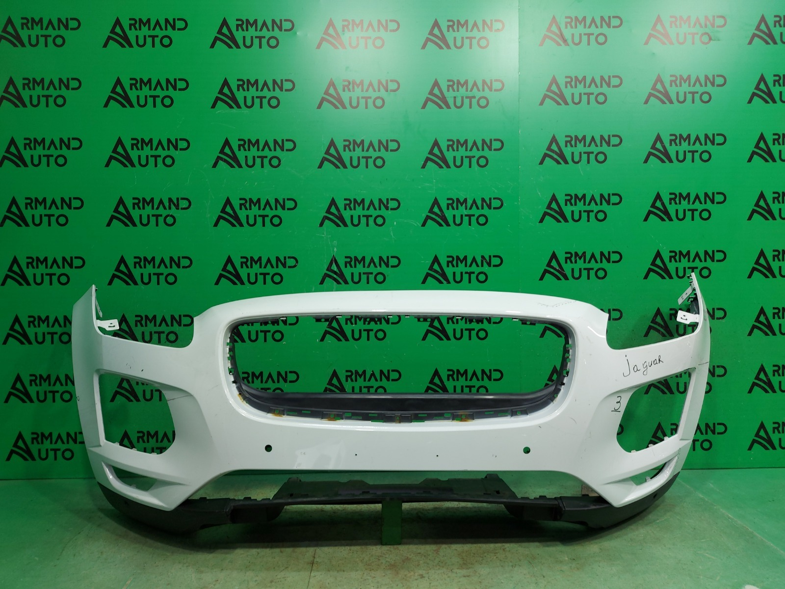 Бампер Jaguar E-Pace 1 2017 передний (б/у)