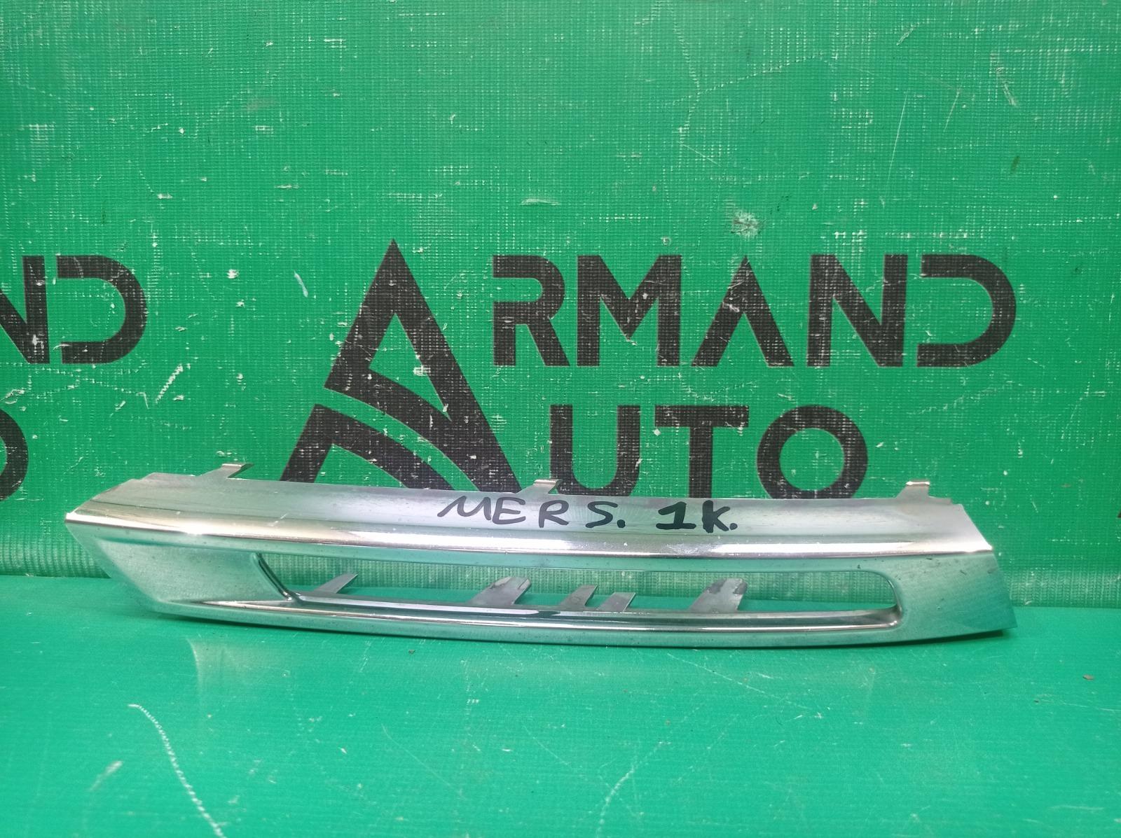 Накладка окантовки дхо Mercedes M Ml Gle-Class W166 2011 левая (б/у)