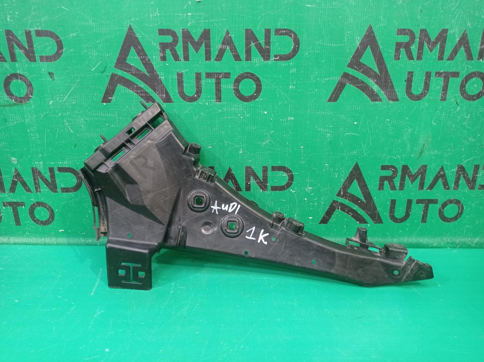 Кронштейн бампера Audi Q7 1 4L 2009 передний правый (б/у)