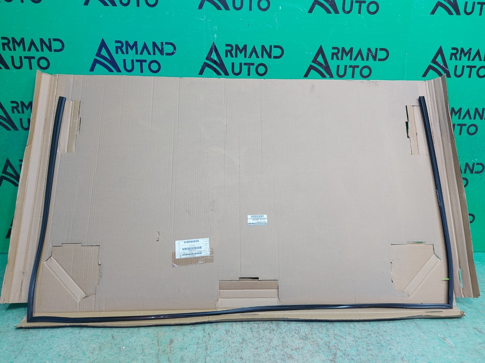 Молдинг лобового стекла Nissan Murano Z52 2014