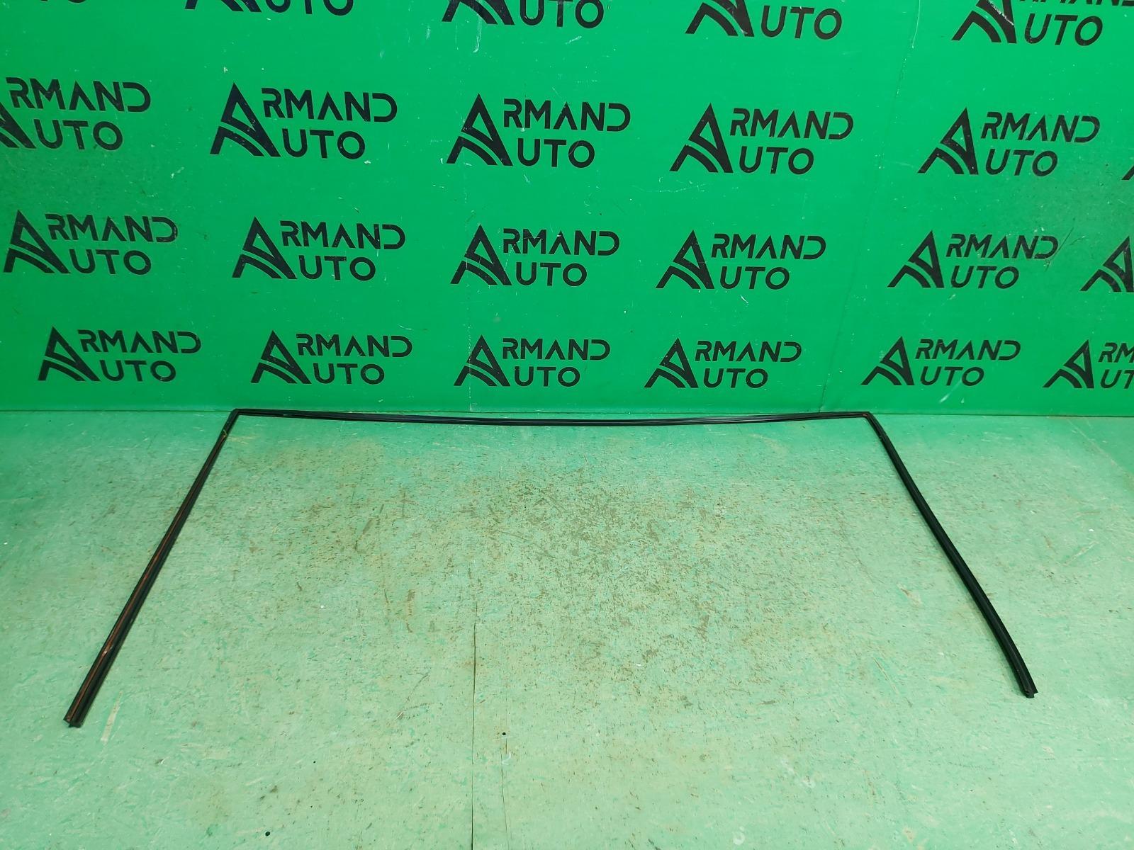 Молдинг лобового стекла Nissan Murano Z52 2014 (б/у)