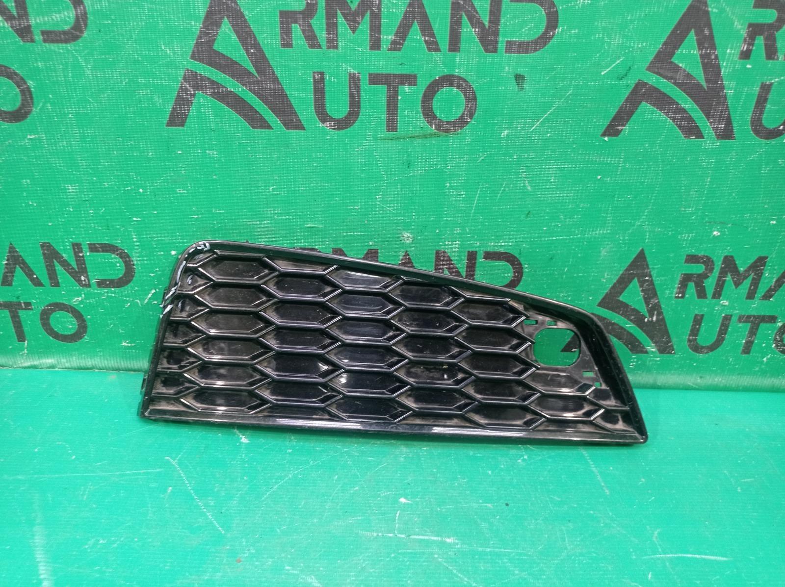 Решетка бампера Audi Q3 1 8U 2014 передняя правая (б/у)