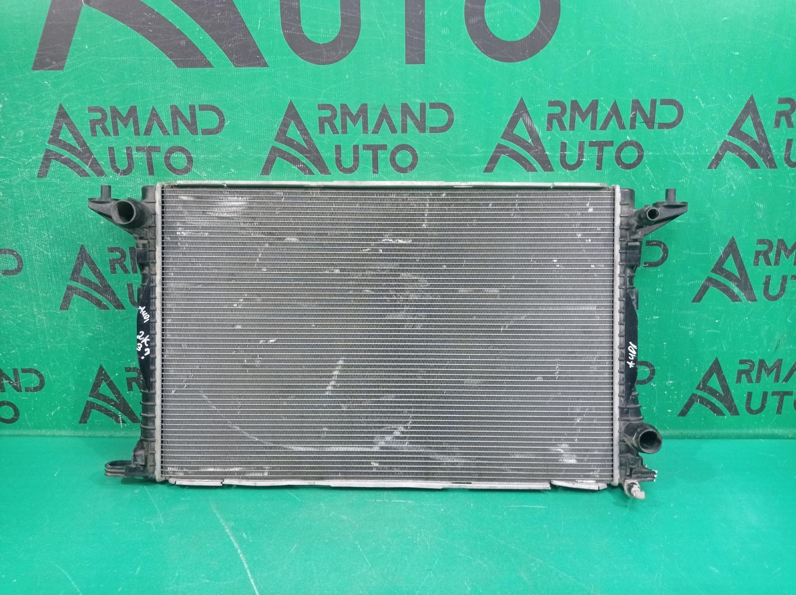 Радиатор двигателя (двс) Audi A4 5 B9 2015 (б/у)