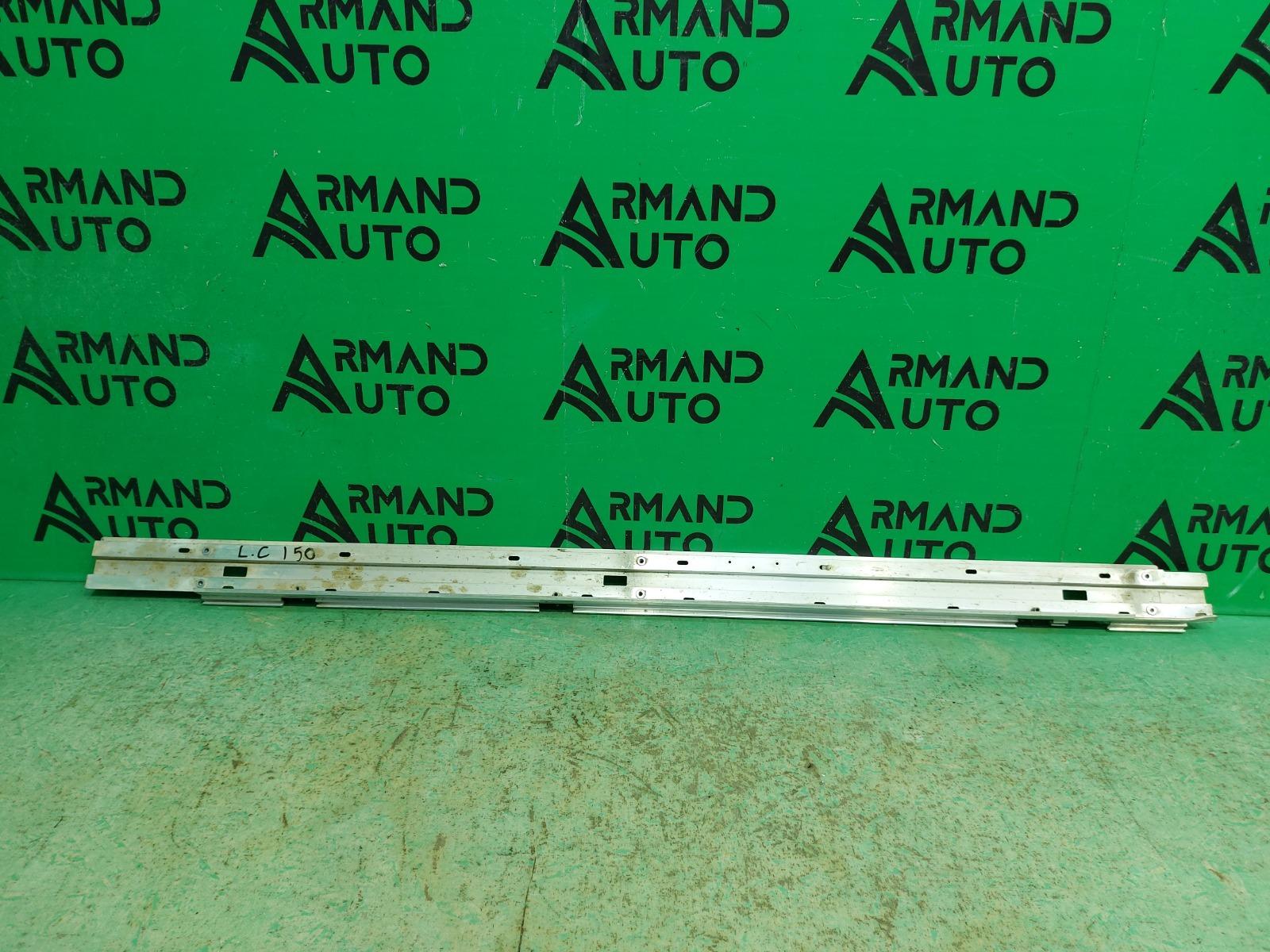 Кронштейн порога Toyota Land Cruiser 200 РЕСТАЙЛИНГ 2012 левый (б/у)