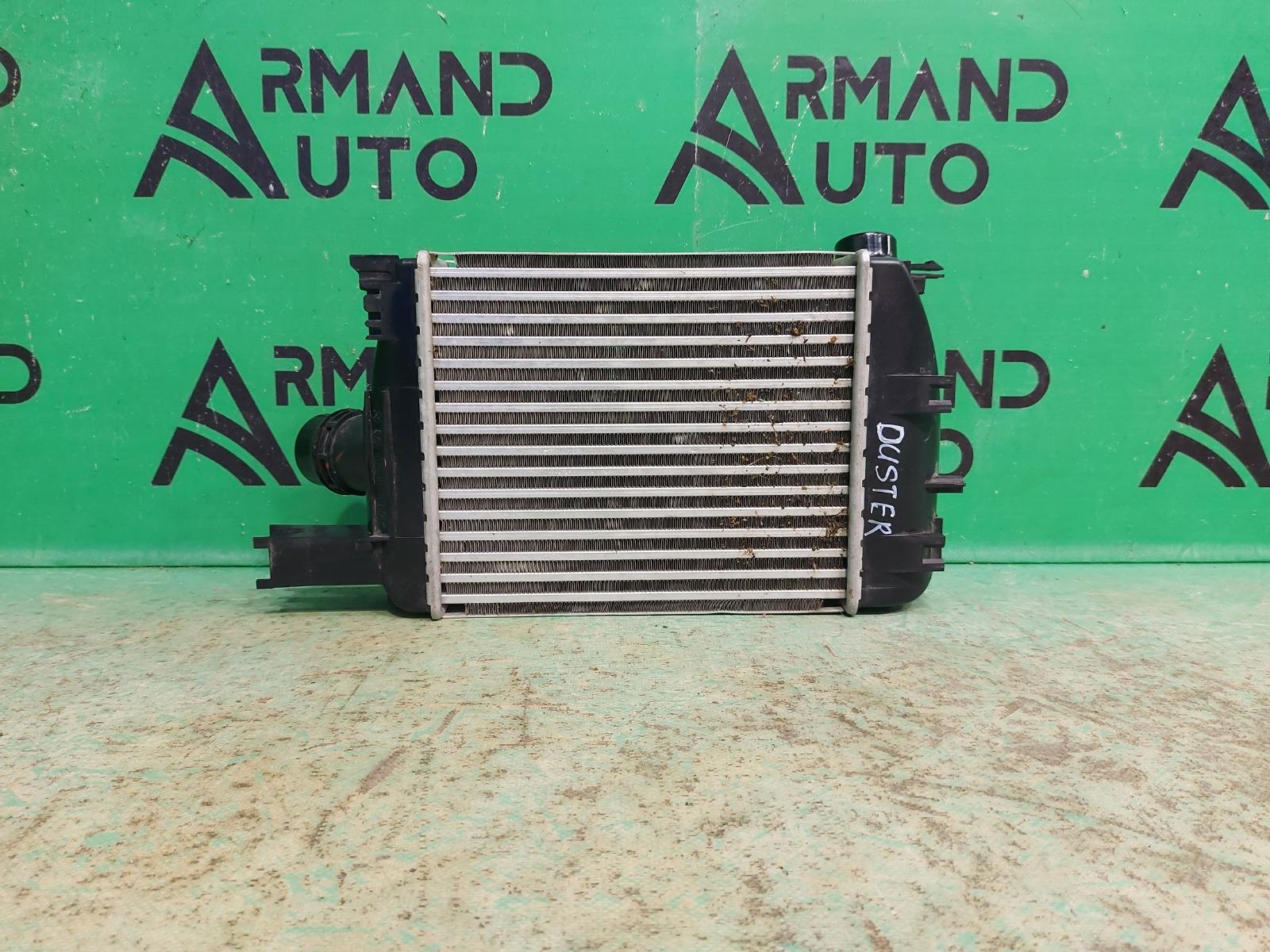Радиатор интеркулера Renault Duster 1 2010 (б/у)