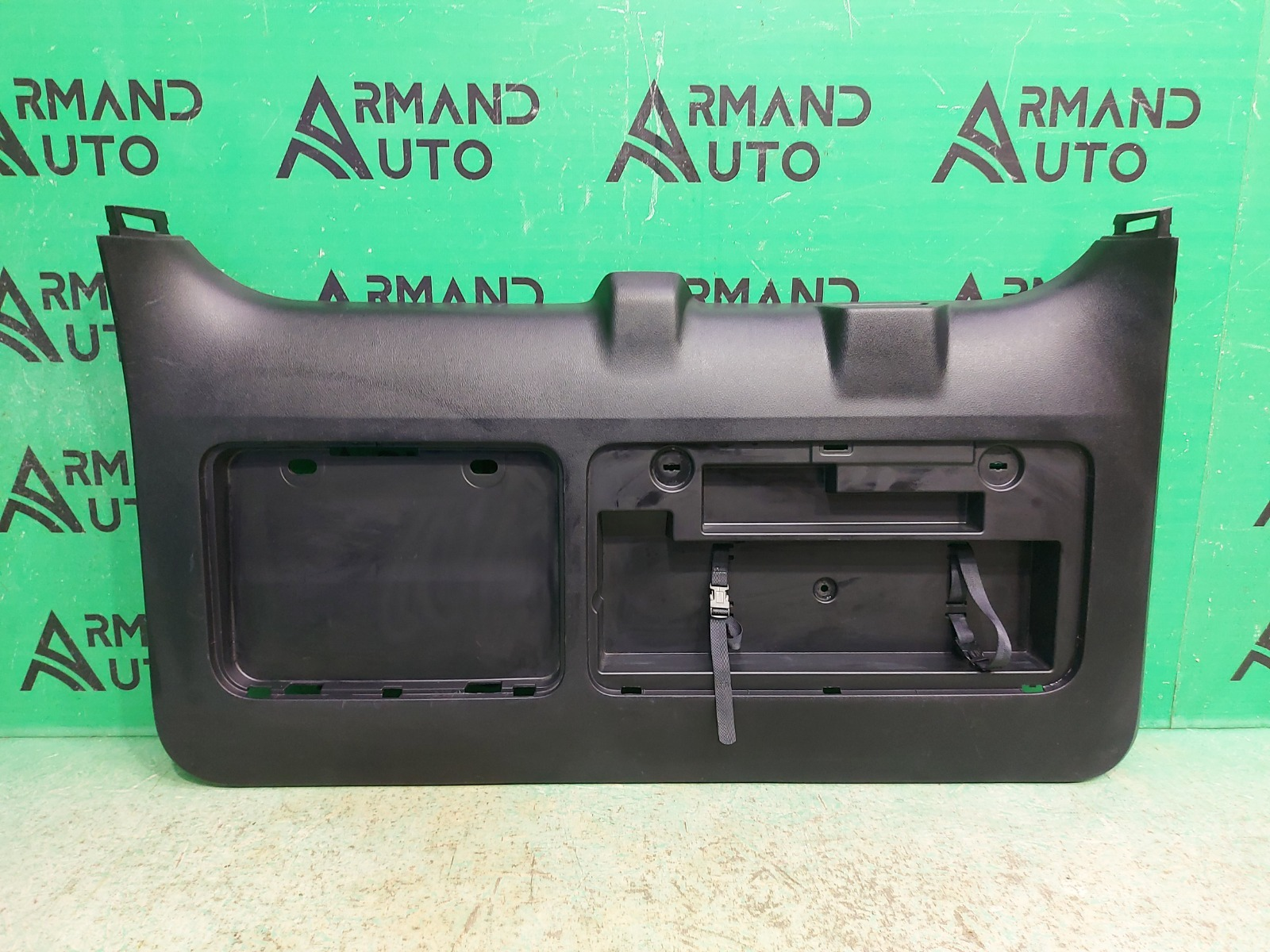 Обшивка двери багажника Toyota Land Cruiser Prado 150 2009 (б/у)
