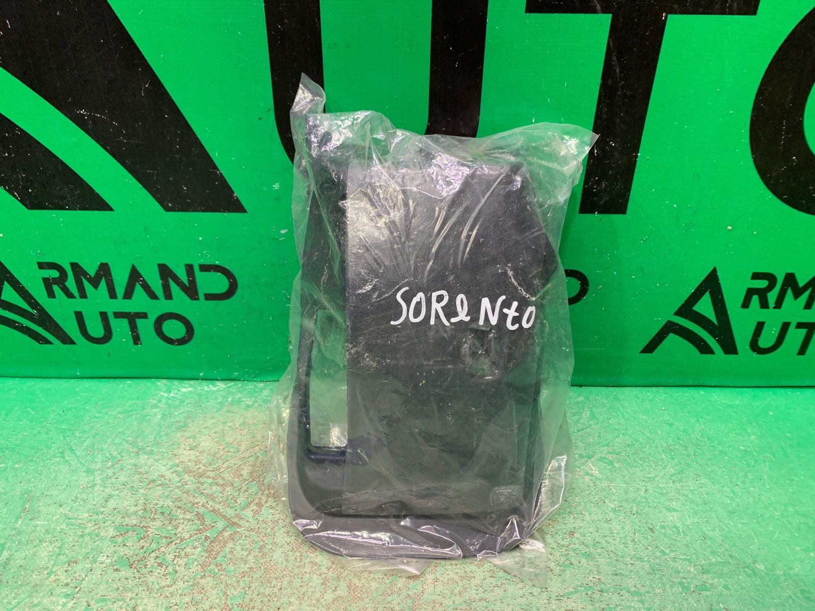 Накладка рулевой колонки Kia Sorento 3 PRIME 2014 передняя правая