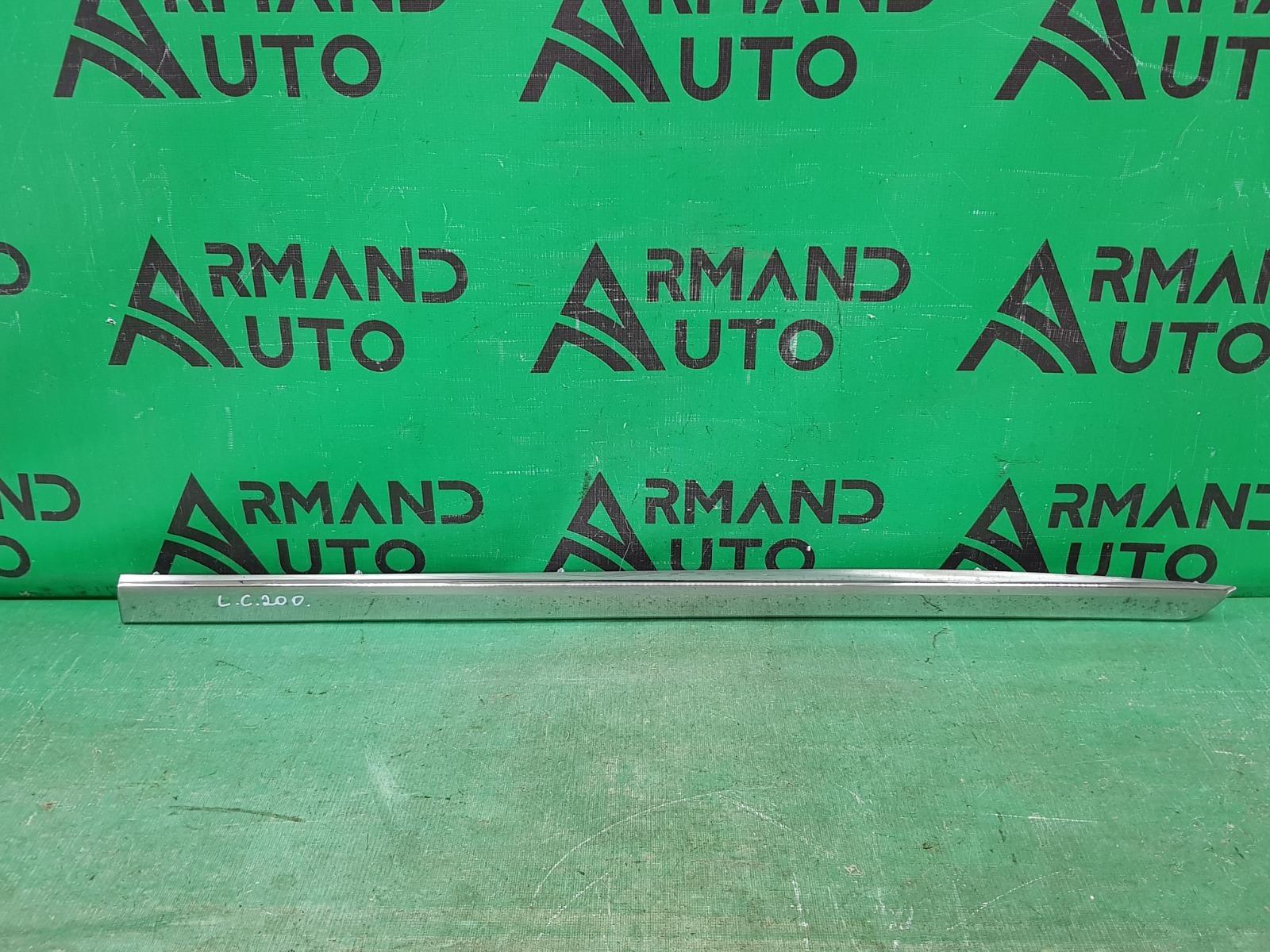 Накладка двери Toyota Land Cruiser 200 РЕСТАЙЛИНГ 2 2015 передняя правая (б/у)