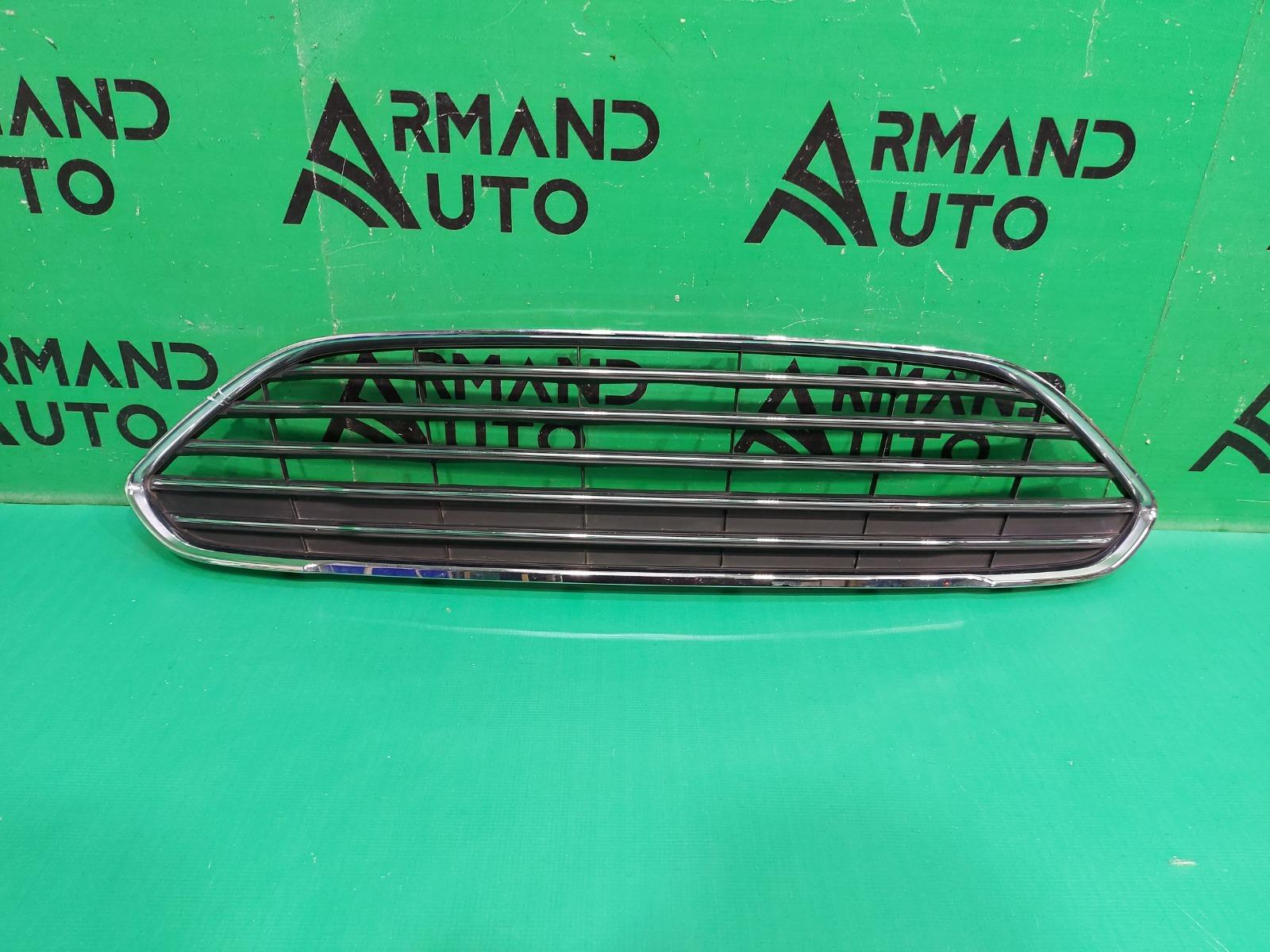 Решетка радиатора Ford Fiesta MK6 РЕСТАЙЛИНГ 2012 (б/у)