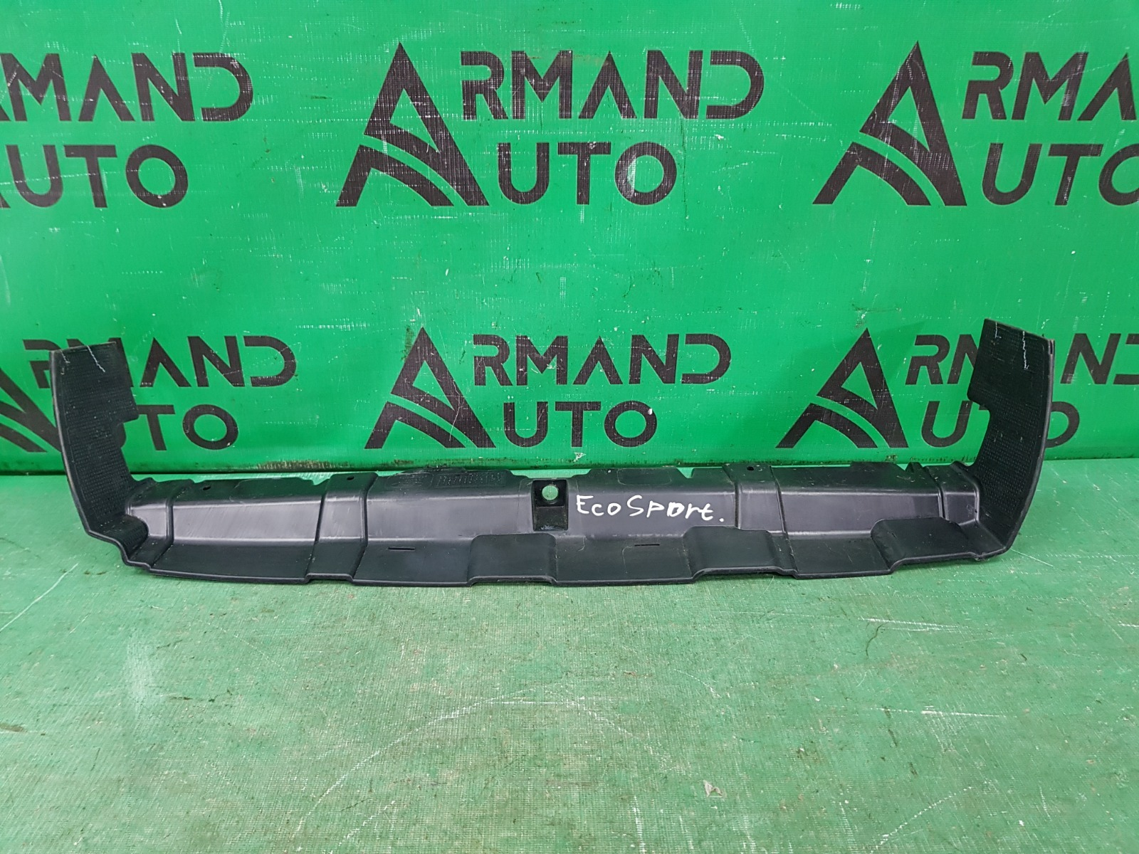 Дефлектор радиатора Ford Ecosport 1 2014 верхний (б/у)