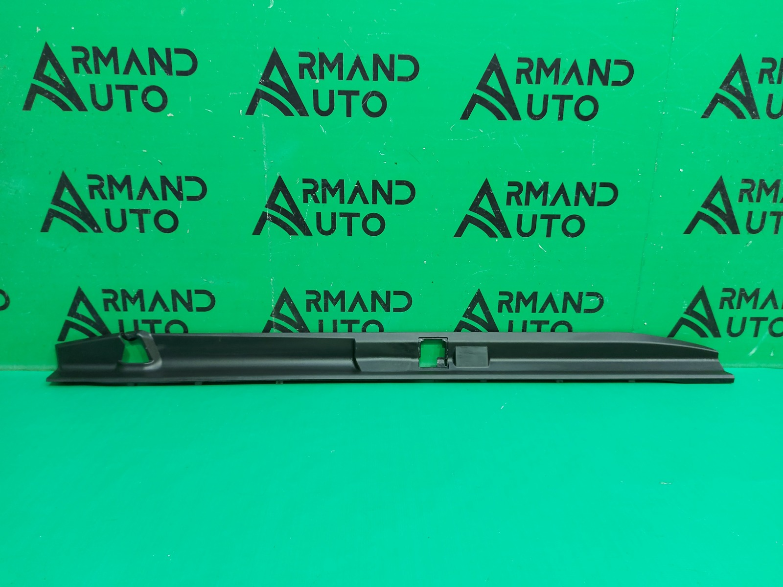 Накладка бампера Toyota Land Cruiser Prado 150 2009 задняя верхняя (б/у)