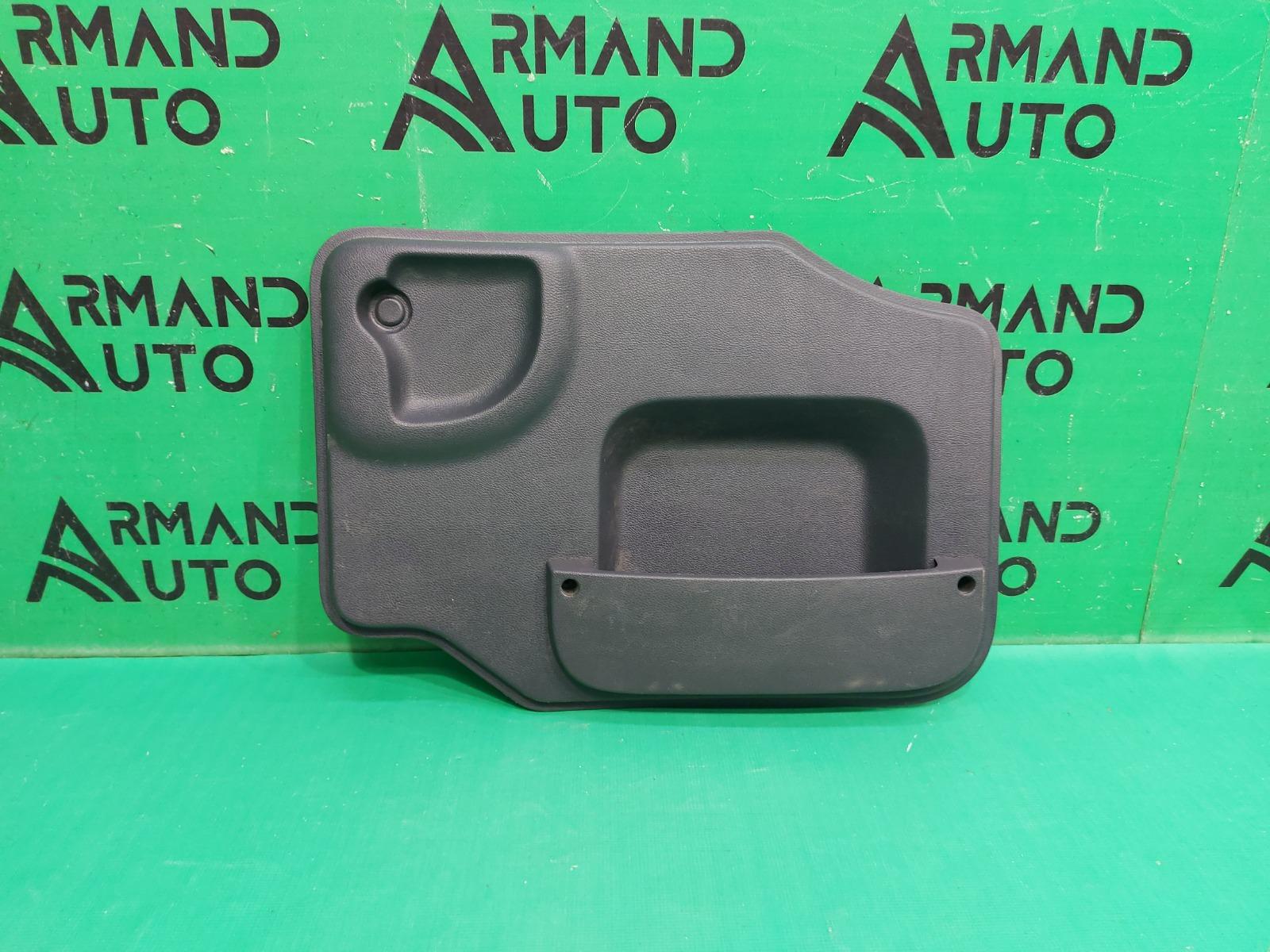 Обшивка двери багажника Lada Largus 1 2012 левая (б/у)