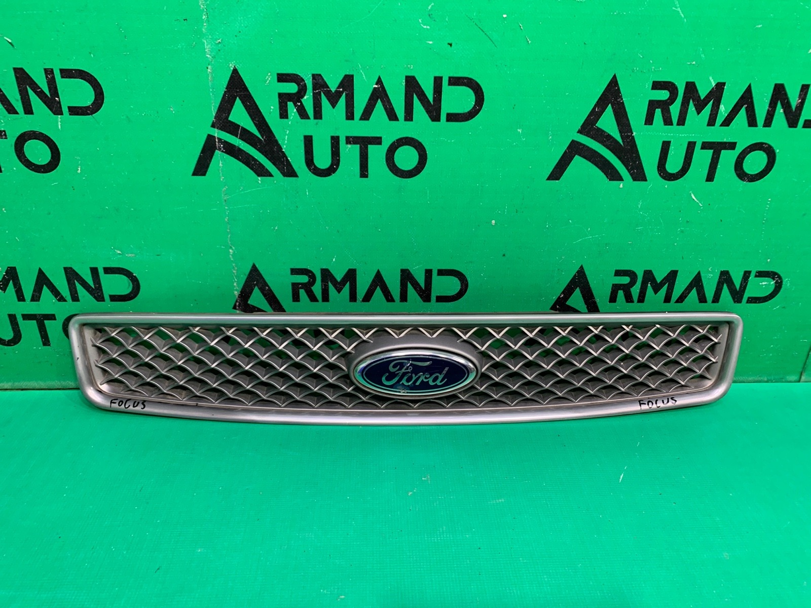 Решетка радиатора Ford Fusion 1 2002 (б/у)