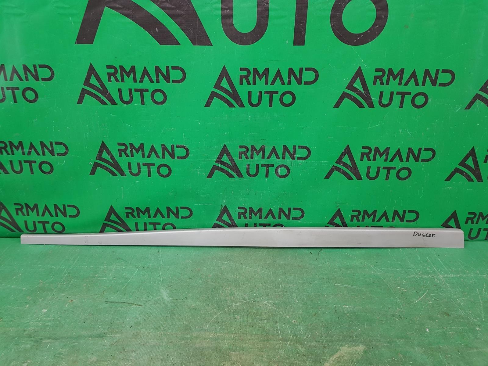 Накладка порога Renault Duster 1 2010 правая (б/у)