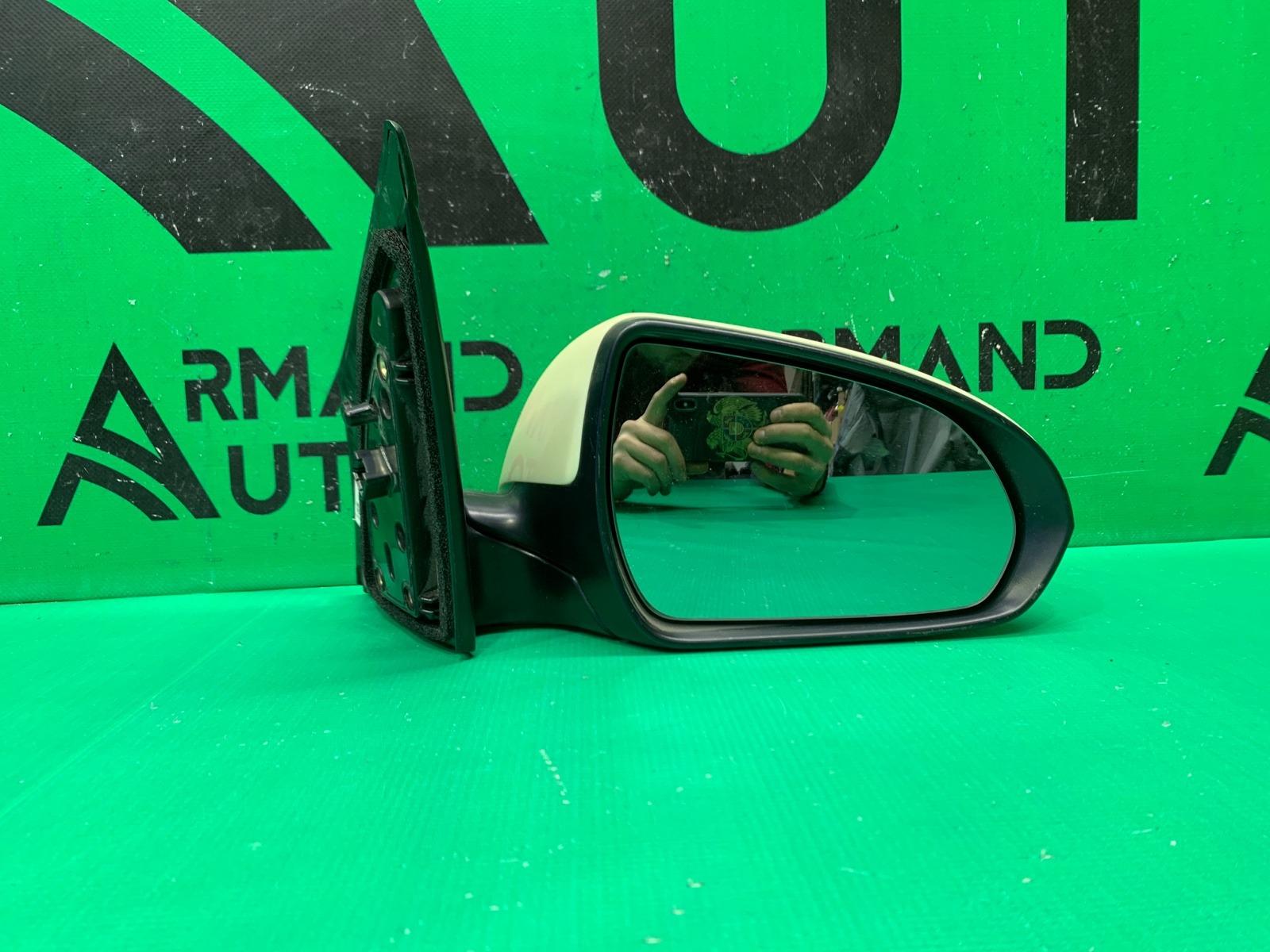 Зеркало Hyundai Solaris 2 2017 правое (б/у)