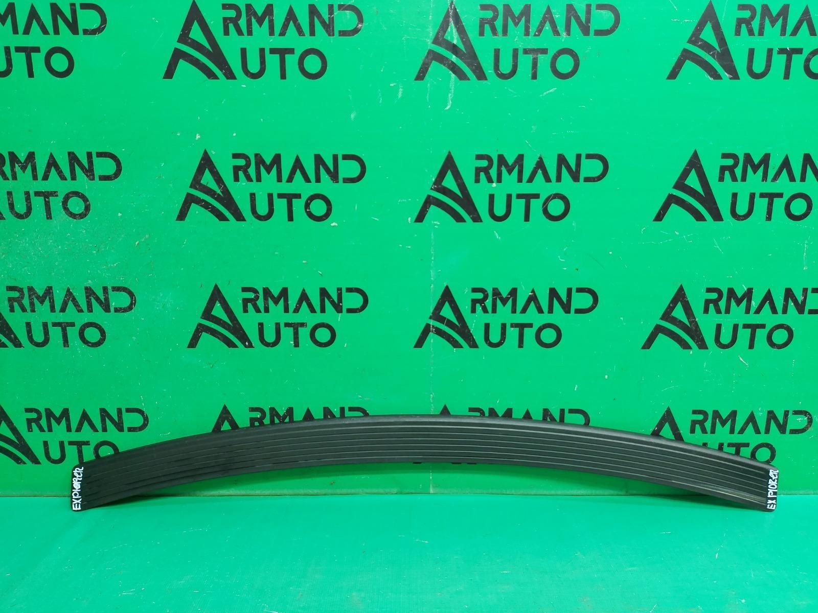 Накладка бампера Ford Explorer 5 2010 задняя верхняя (б/у)