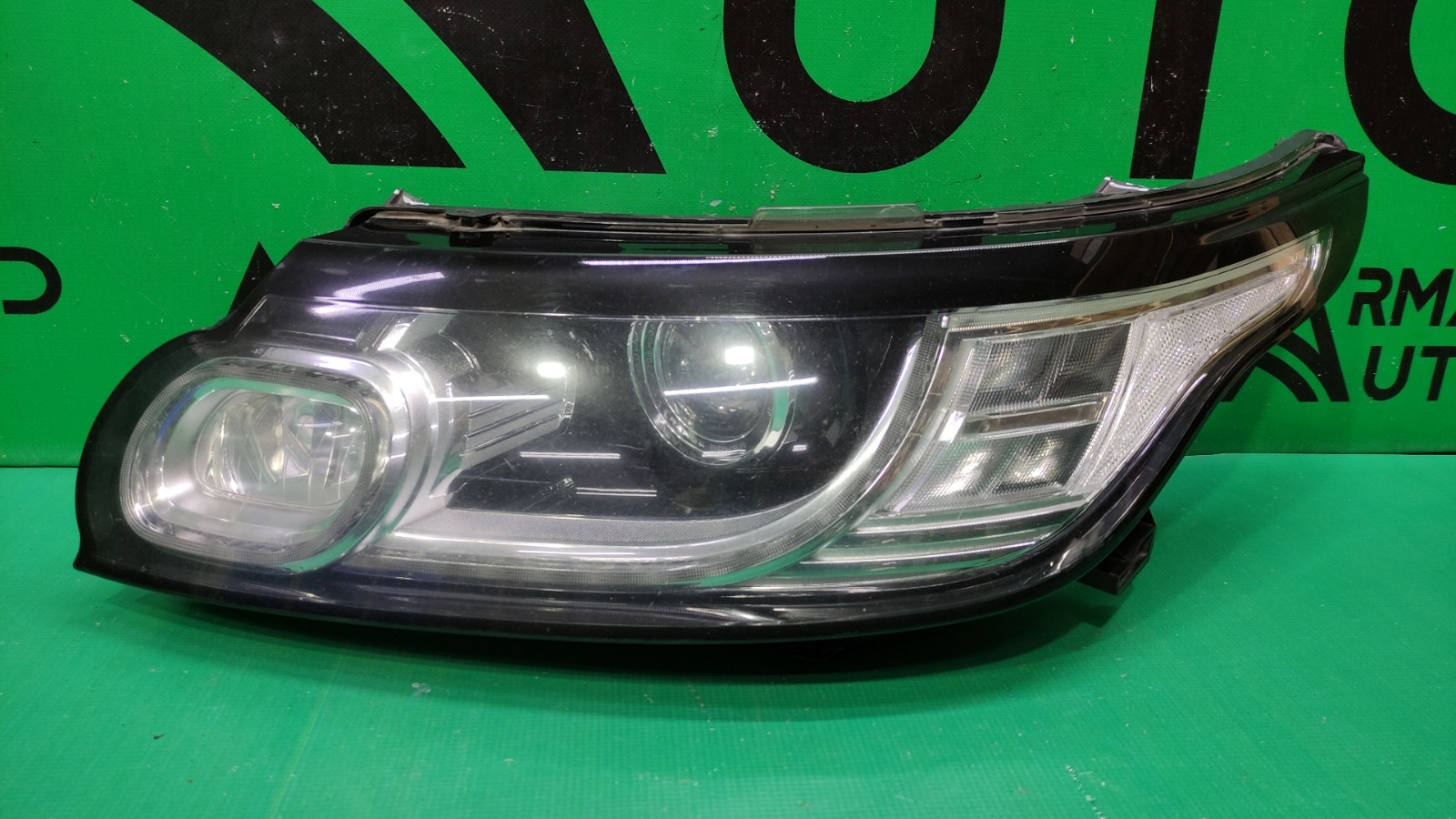 Фара Land Rover Range Rover Sport 2 2013 левая (б/у)
