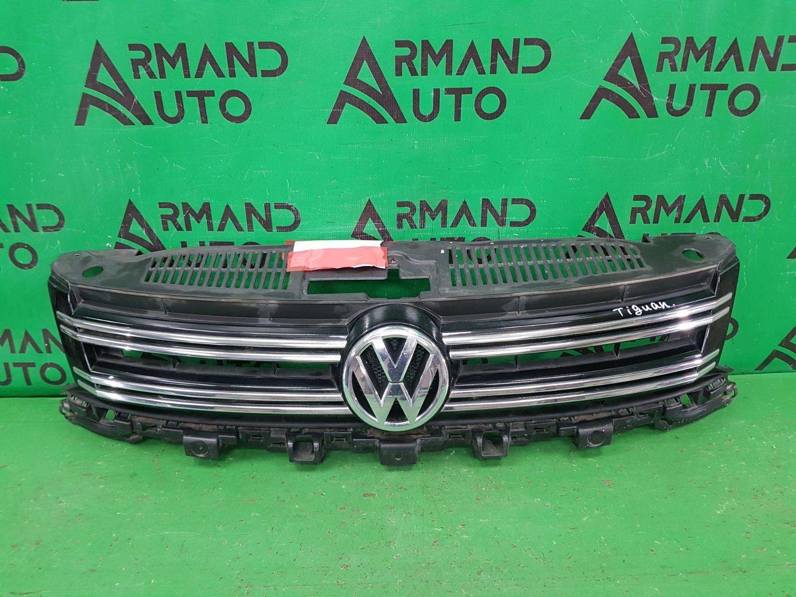 Решетка радиатора Volkswagen Tiguan 1 РЕСТАЙЛИНГ 2011 (б/у)