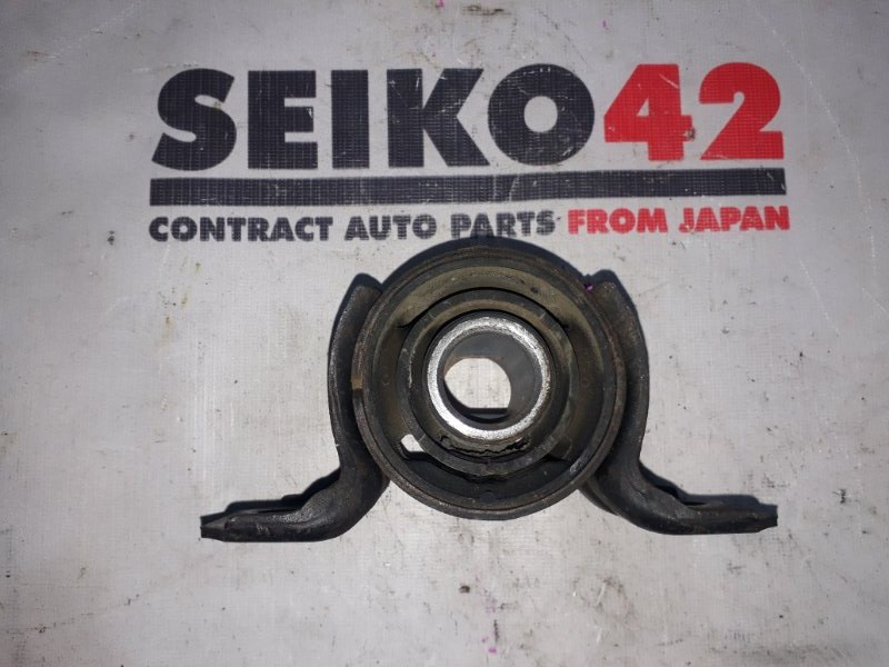 Подушка подрамника Toyota Mark Ii JZX100 1JZ-GE задняя (б/у)