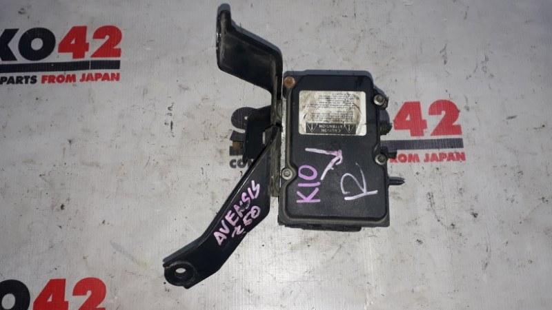 Блок abs Toyota Avensis AZT250 (б/у)