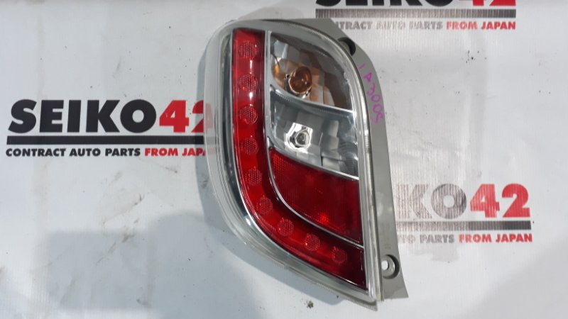 Стоп Daihatsu Mira LA300S задний левый (б/у)