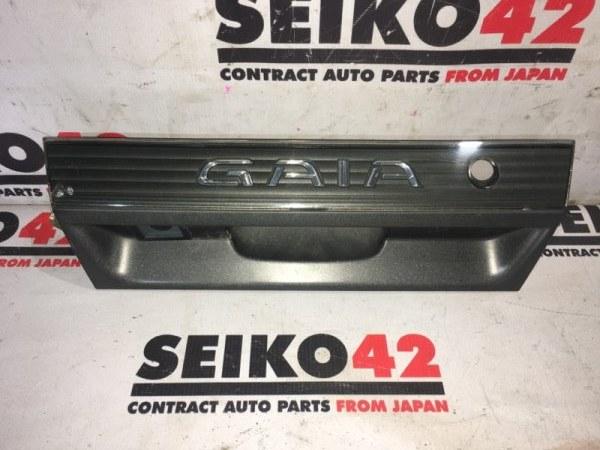 Вставка багажника Toyota Gaia SXM10 1 модель задняя (б/у)