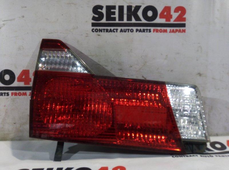 Вставка багажника Toyota Alphard MNH10W задняя левая (б/у)