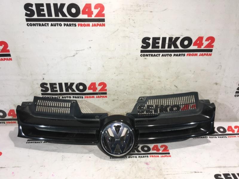 Решетка радиатора Volkswagen Golf 1K1 (б/у)