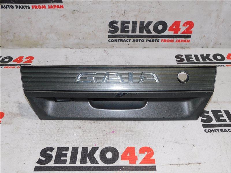 Вставка багажника Toyota Gaia ACM10 1 модель задняя (б/у)
