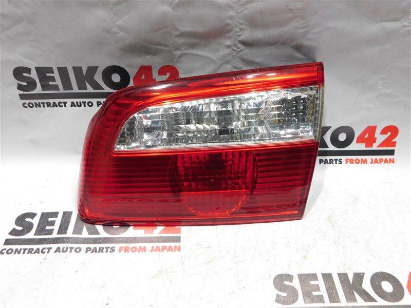 Вставка багажника Mazda Capella Wagon GWEW задняя правая (б/у)