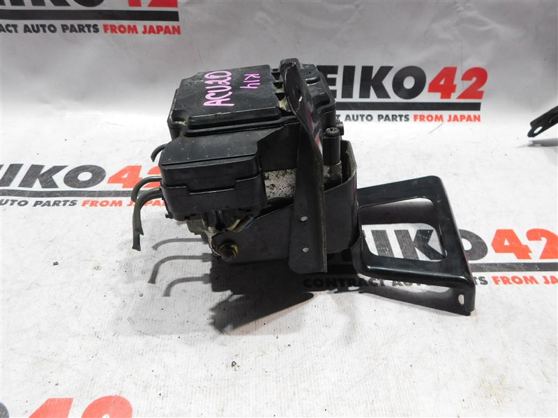 Блок abs Toyota Kluger V ACU20W (б/у)
