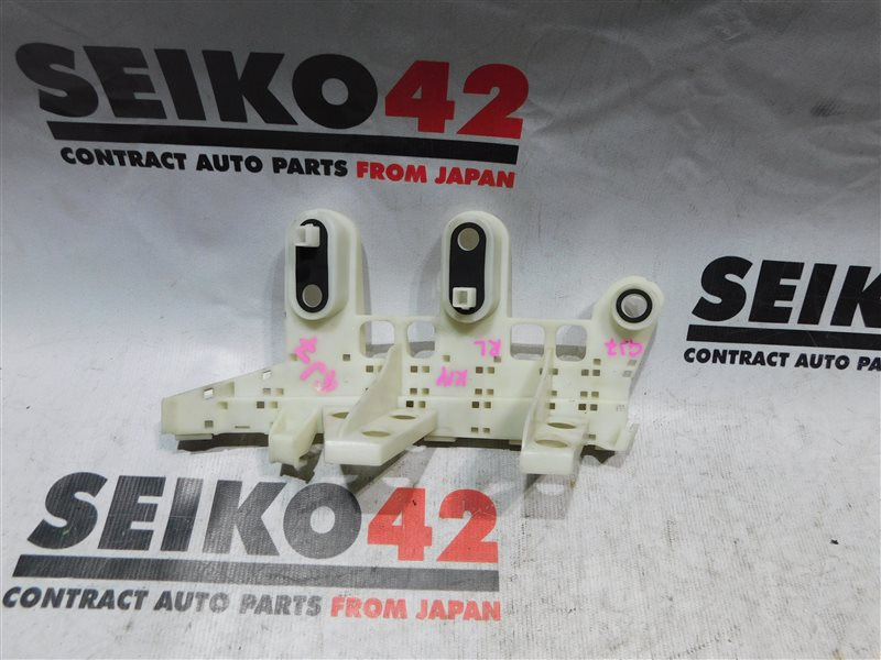 Клипса бампера Subaru Impreza GJ7 задняя левая (б/у)