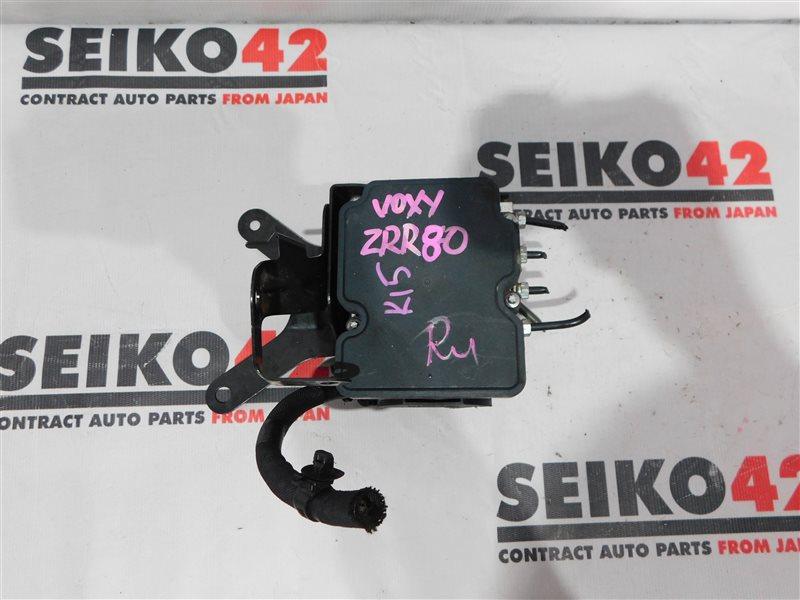 Блок abs Toyota Voxy ZRR80 (б/у)