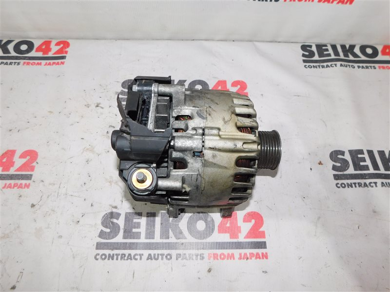 Генератор Nissan Serena NC26 MR20DD (б/у)