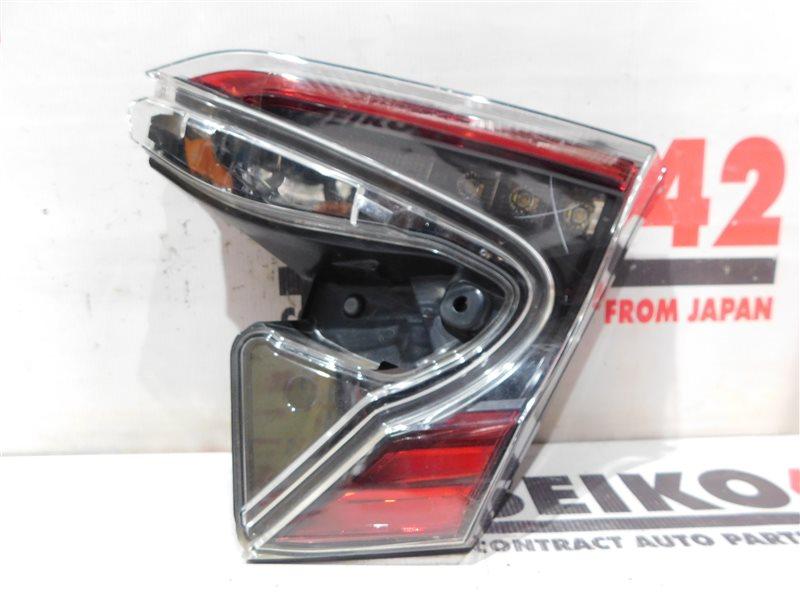 Вставка багажника Toyota C-Hr NGX50 задняя правая (б/у)