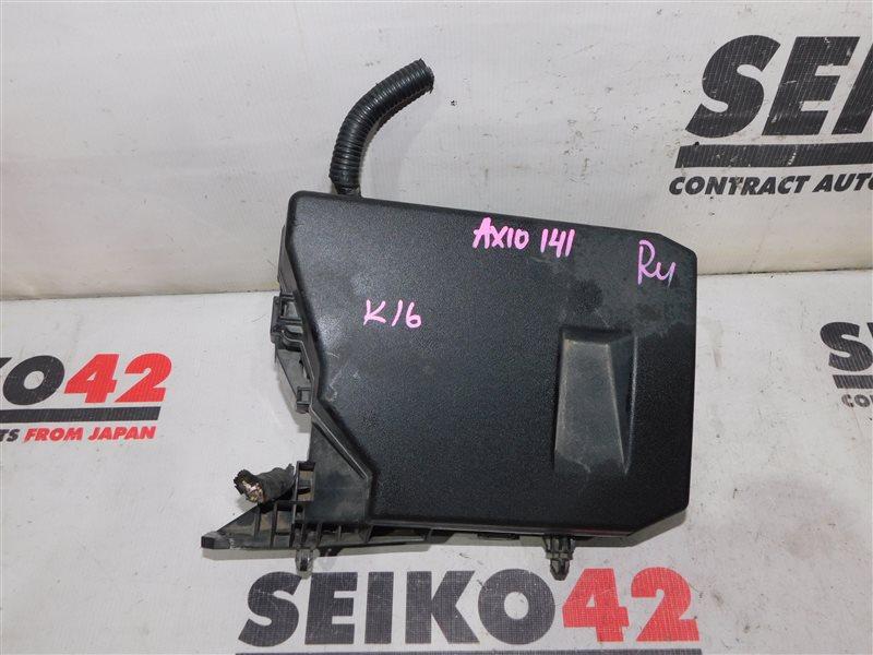 Блок предохранителей Toyota Corolla Axio NZE141 (б/у)