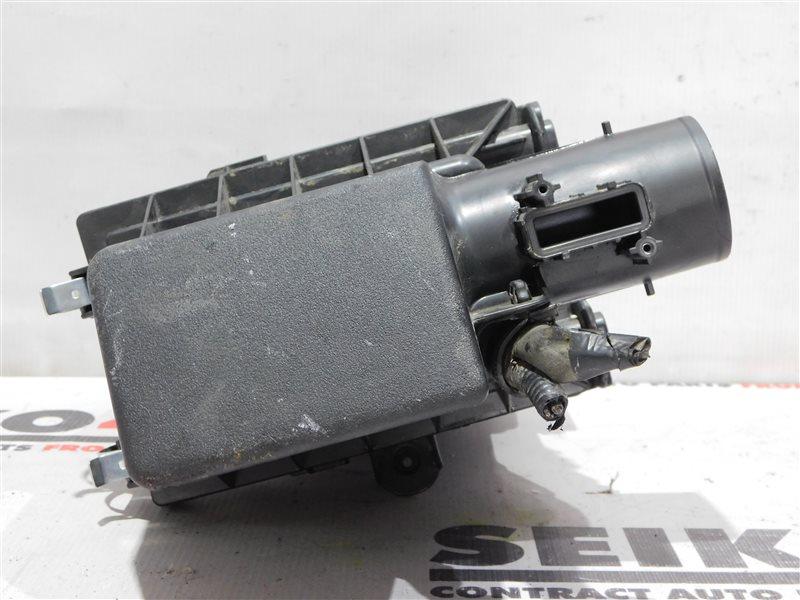 Корпус воздушного фильтра Toyota C-Hr ZYX10 2ZR-FXE (б/у)